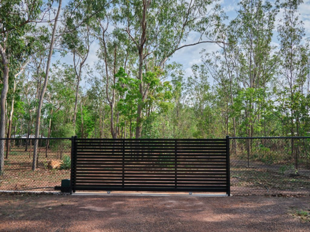 fencing and gates our services